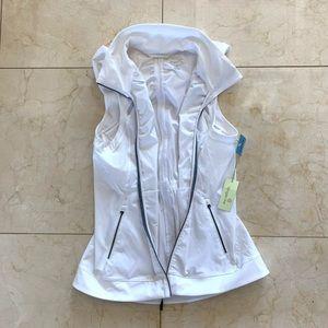 Tangerine NWT $90 White Hooded Vest Sz Large